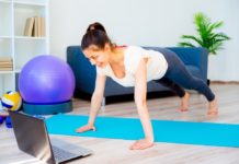 Perfect Home Gym_Woman doing plank at home