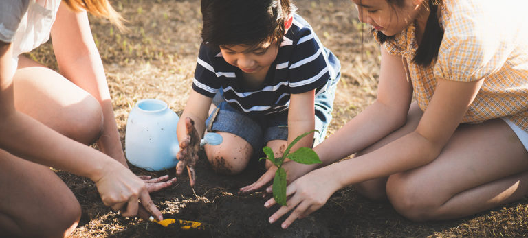 9 Ways to Get Your Kids Involved with Gardening